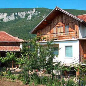Къща за гости Юлия