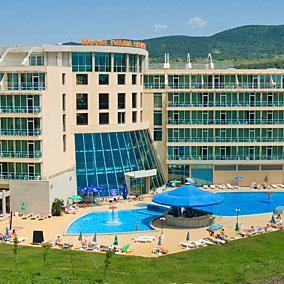 Хотел Ивана Палас