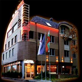 Хотел Елейт Плаза