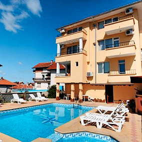 Хотел Дироси