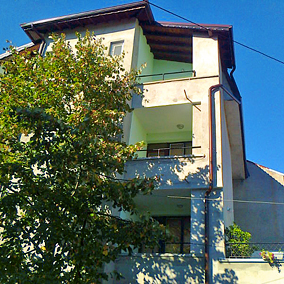 Stoyanovi House