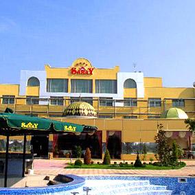 Хотел Сарай