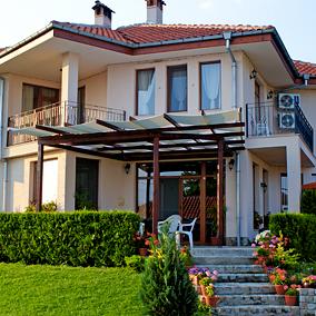 Къща за гости У Дома